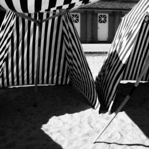 L' EMERAUDE Côte d'Emeraude Bretagne black and white photographie serie de photos en noir et blanc Veronique Thomazo Photography French Photographer Nice France