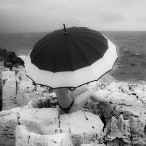 VT Photography - Veronique Thomazo french photographer -Nice France - jump - umbrella - black and white series -
